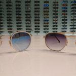 Die neuen Sonnenbrillen von Ray Ban sind eingetroffen.
